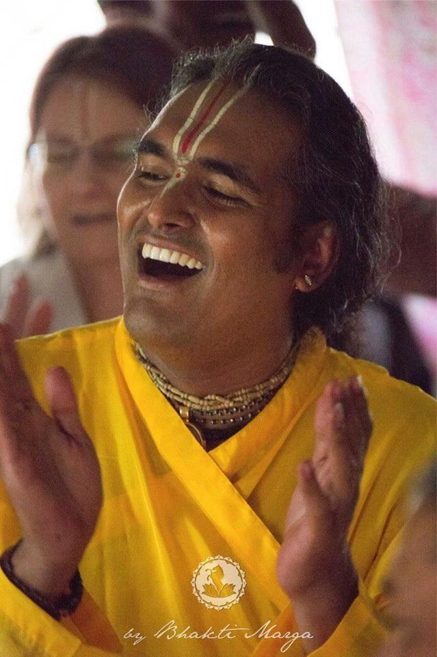 paramahansa-sri-swami-vishwananda
